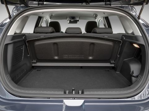 all new i20 interior open boot 4x3